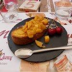 Brioche-perdu aux pommes caramélisées, délicieux !!