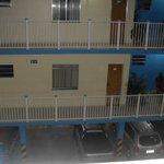 Estacionamento e quartos no Hotel