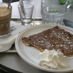 crepe and caffe latte