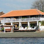 Picture from a boat showing reataurant area down stairs and leisure lounge upstairs