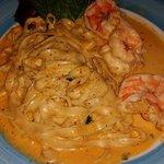 Fettucine mit Riesen Dhrimp in einer Pinky Lobster Sauce :)))))