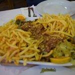 A batata esconde o prato principal, cuja carne estava ótima