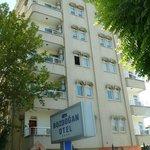 Bozdogan Otel, Adiyaman, Turchia: panoramica dalla strada