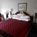 Photo of GuestHouse Inn Williamstown - Marietta
