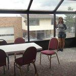 Salão para o café da manhã situado no 2º andar do prédio da recepção