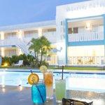 The Vagabond Hotel resmi