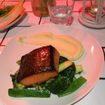 Salmon with green vegetables and mashed potatoe