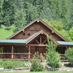 A Duplex Cabin at River Dance Lodge - Great for Family Reunions, Groups, Retreats, etc.