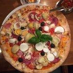 Foto di Holzofen Pizza Pietro