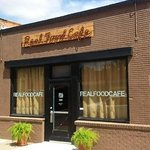 Foto de Real Food Cafe and Restaurant