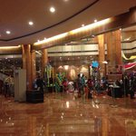 The entrance to the lobby of the hotel is world-class! A perfect venue for the whole family ~ Hi