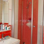 Bathroom very clean, water pressure was great