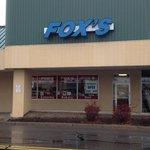 Fox's Deli - Entrance