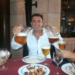 De fiesta en la Bodeguita Iberica