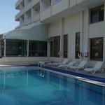 Minay pool area