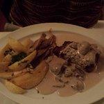carne com molho de cogumelos -a carne deixou a desejar