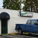 Ryan's Sports Bar & Grill