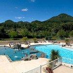 piscine camping mas de la cam