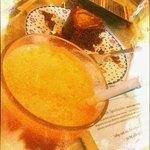 zingy fresh juice and yummy cake