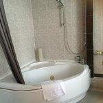 Dorset Suite Bathroom