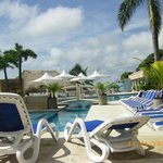 Pool & chairs