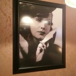 Greta Garbo watching over our table. Many other vintage photos give it a 20s atmosphere.