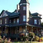 John S McDaniel House