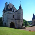 The entrance of the chateau