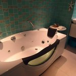 New Jacuzzi in suite WATER (114902020)