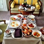 Breakfast in the room :)) mmmm yummy ��