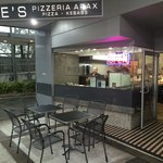 Joe's Pizzeria Arax