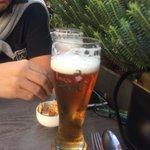 Cerveza de Brujas en la terraza