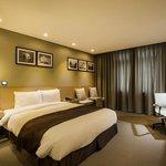 베니키아 프리미어 센트럴 프라자 호텔