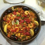 And this is what the regular Paella looks like. What a wonderful dish!
