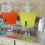 Daily Fresh Peach & Lemonade Refreshments