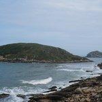 Vista das ilhas vindo pela trilha do farol
