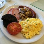 Full breakfast nicely cook. Delicious!!!