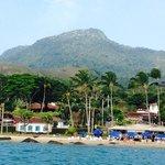 Praia e restaurante do Viana