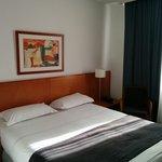 Jolie chambre spacieuse et lumineuse en étage élevé