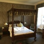 Four poster - a bit creaky!