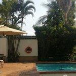 Traseiras e piscina