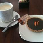 tart chocolat and cafe au lait on a fall afternoon