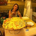 la mega pizza!!!!!