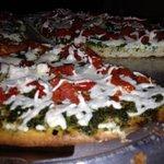 Gluten-Free Vegan Pesto Pizza!