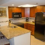 Nice kitchen with good fullsize appliances and decent work area