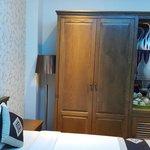 Двухместный Делюкс с 1ой кроватью, большим окном, красивым видом, максимальное количество гостей