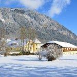 Talhof im Schnee