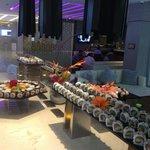Tanoshii Lounge & Sushi Bar