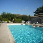 De bon matin, avant de partir marcher, la piscine!