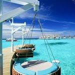 Centara Grand Maldives - Aqua Bar